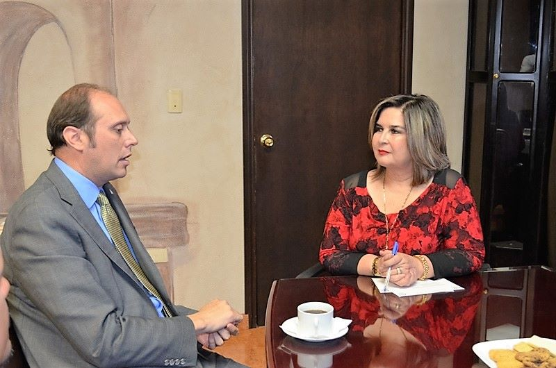 Nogales consular official Christopher Teal meets with Caborca Mayor Karina Garcia
