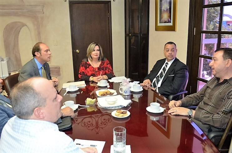 Nogales consular official Christopher Teal meets with Caborca city dignitaries