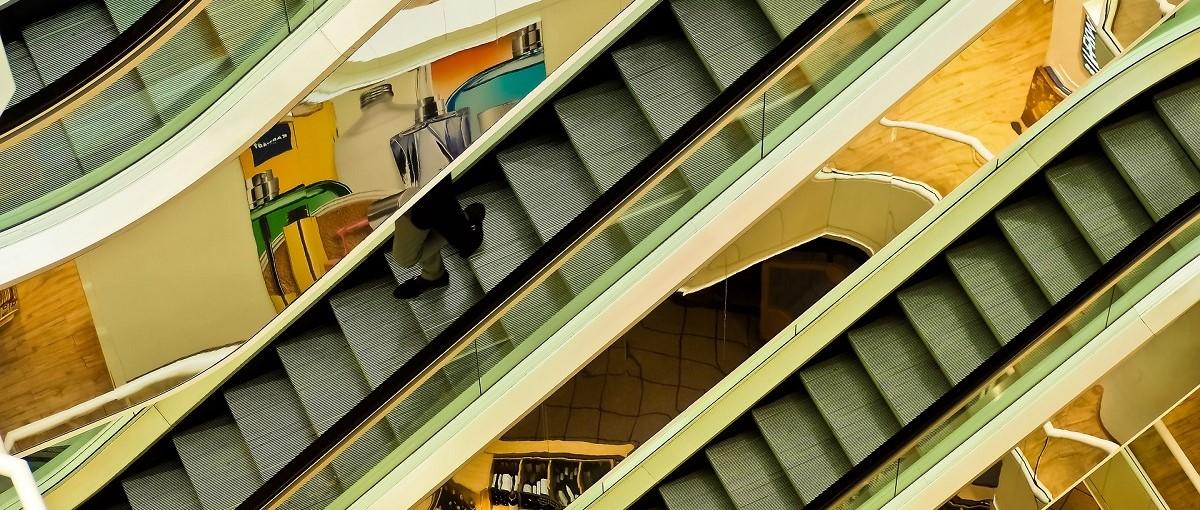 Compras en el centro comercial americano